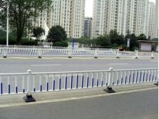 公路护栏1